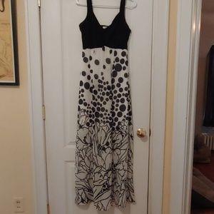 Cute Cato Dress in Black & White Pattern Size 6